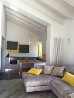 Salotto e cucina _ Casa DGT